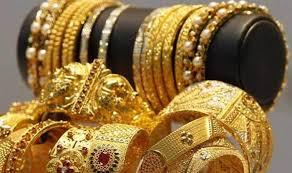 نائب رئیس اتحادیه فروشندگان طلا و جواهر : اگر کسی پولی وارد بازار طلا میکند، قصدش نه خرید کالای مصرفی و مصنوعات که سرمایه گذاری است.