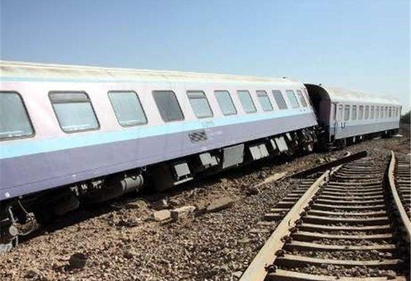 قطار محور زاهدان به تهران حادثه آفرید / کشته و مصدوم شدن تعدادی از مسافران