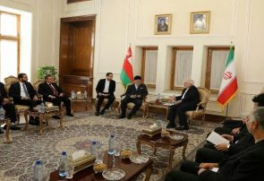 دیدار وزیران خارجه ایران و عمان/ تاکید بر تداوم همکاری دو جانبه